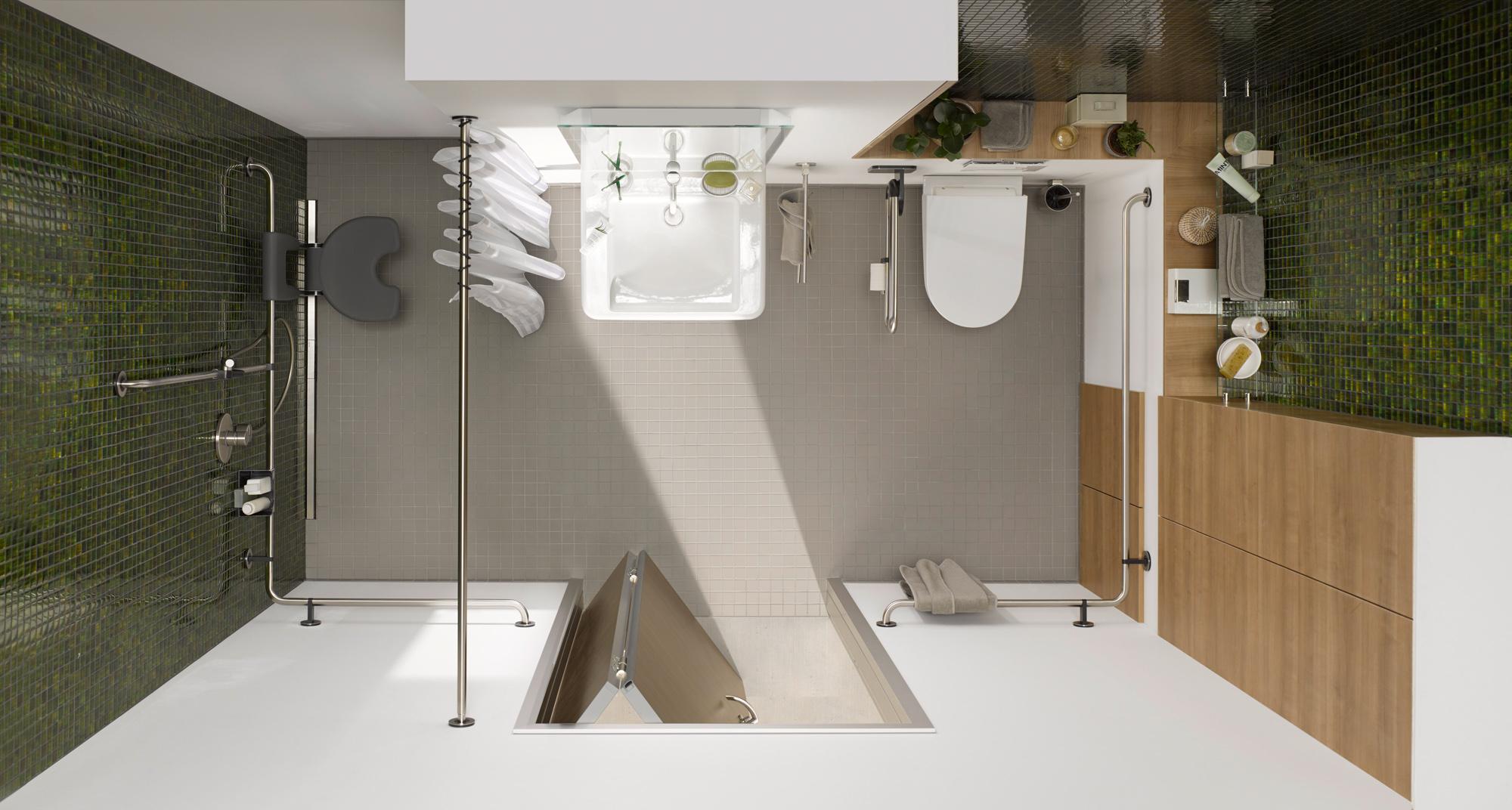 raumspartür im kleinen, barrierereduzierten bad - küffner aluzargen, Badezimmer ideen